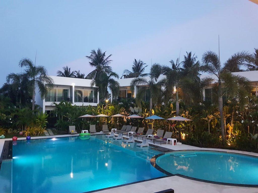 private resort pattaya mojosons
