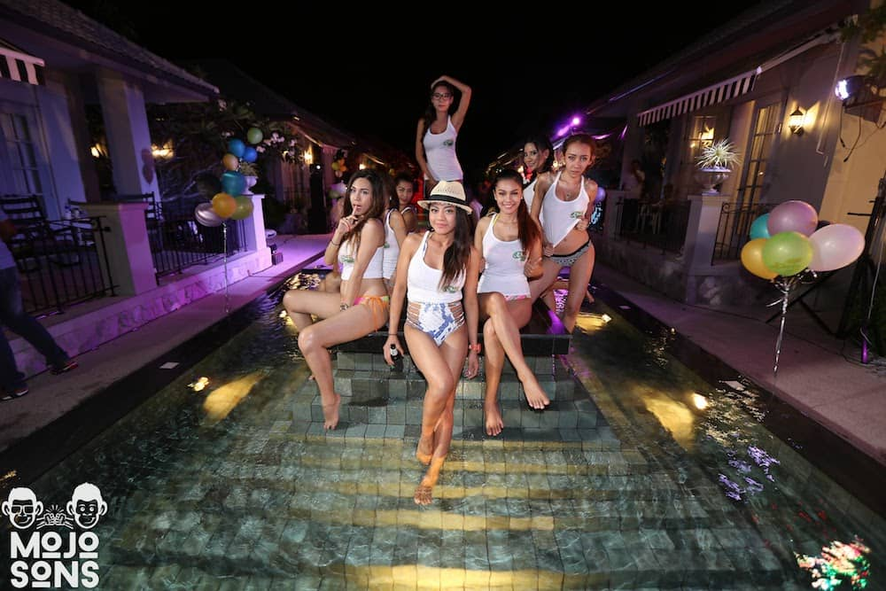 bikini models resort pattaya
