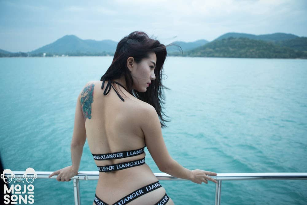 yacht thai bikini model
