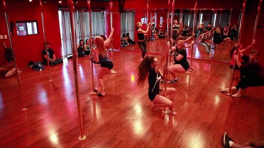 pole dance thailand studio